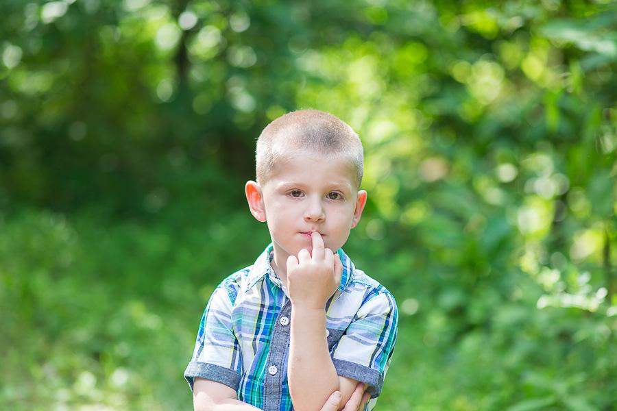funny blooper little boy