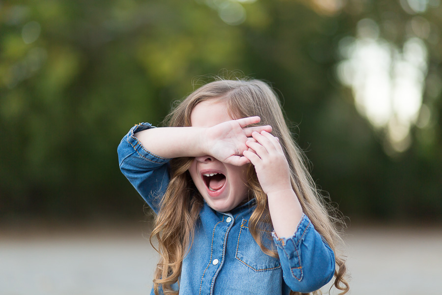 3 year old girl crying